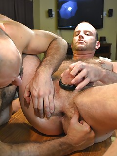 Gay Spread Ass Porn